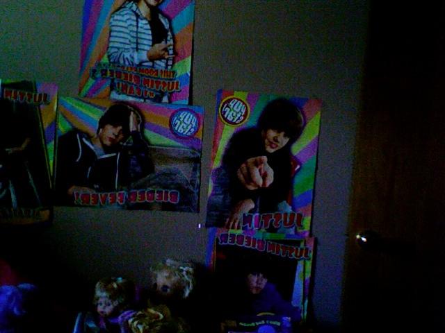 5 Justin Bieber posters